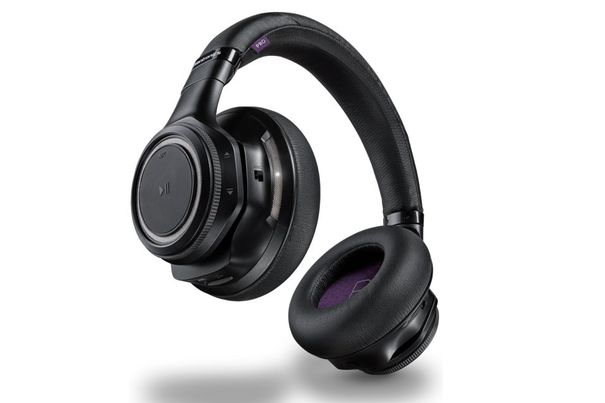 plantronics backbeat pro r headset test acht bluetooth. Black Bedroom Furniture Sets. Home Design Ideas