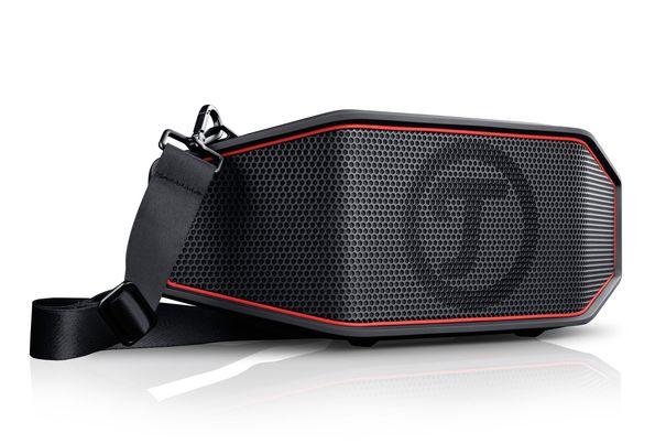 test bluetooth speaker teufel rockster cross. Black Bedroom Furniture Sets. Home Design Ideas